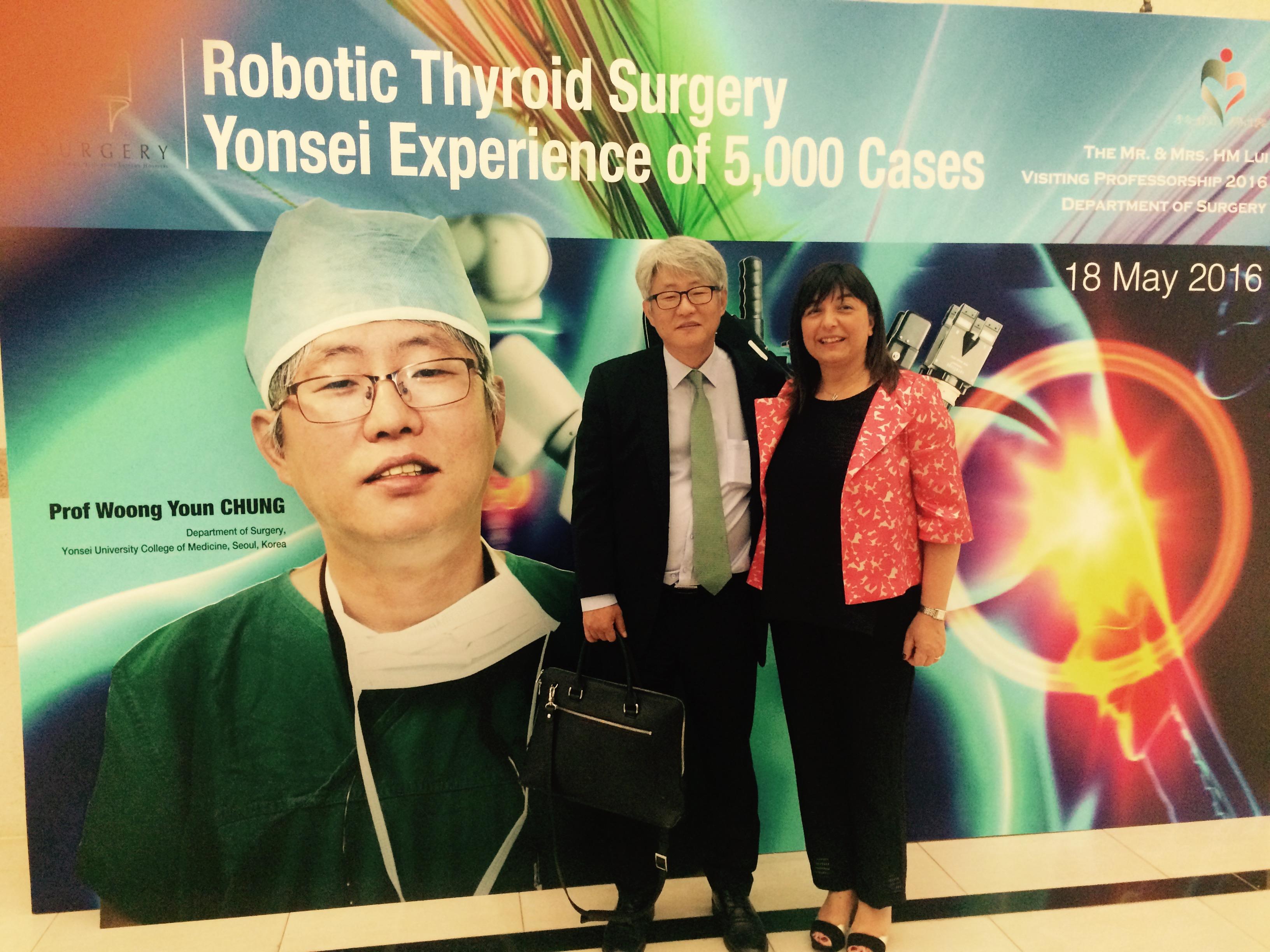 Dieci anni di chirurgia robotica tiroidea, il 10 settembre un webinar all'Ospedale Civile