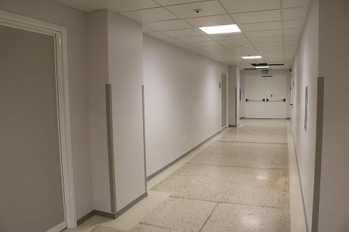 Il corridoio con i nuovi uffici