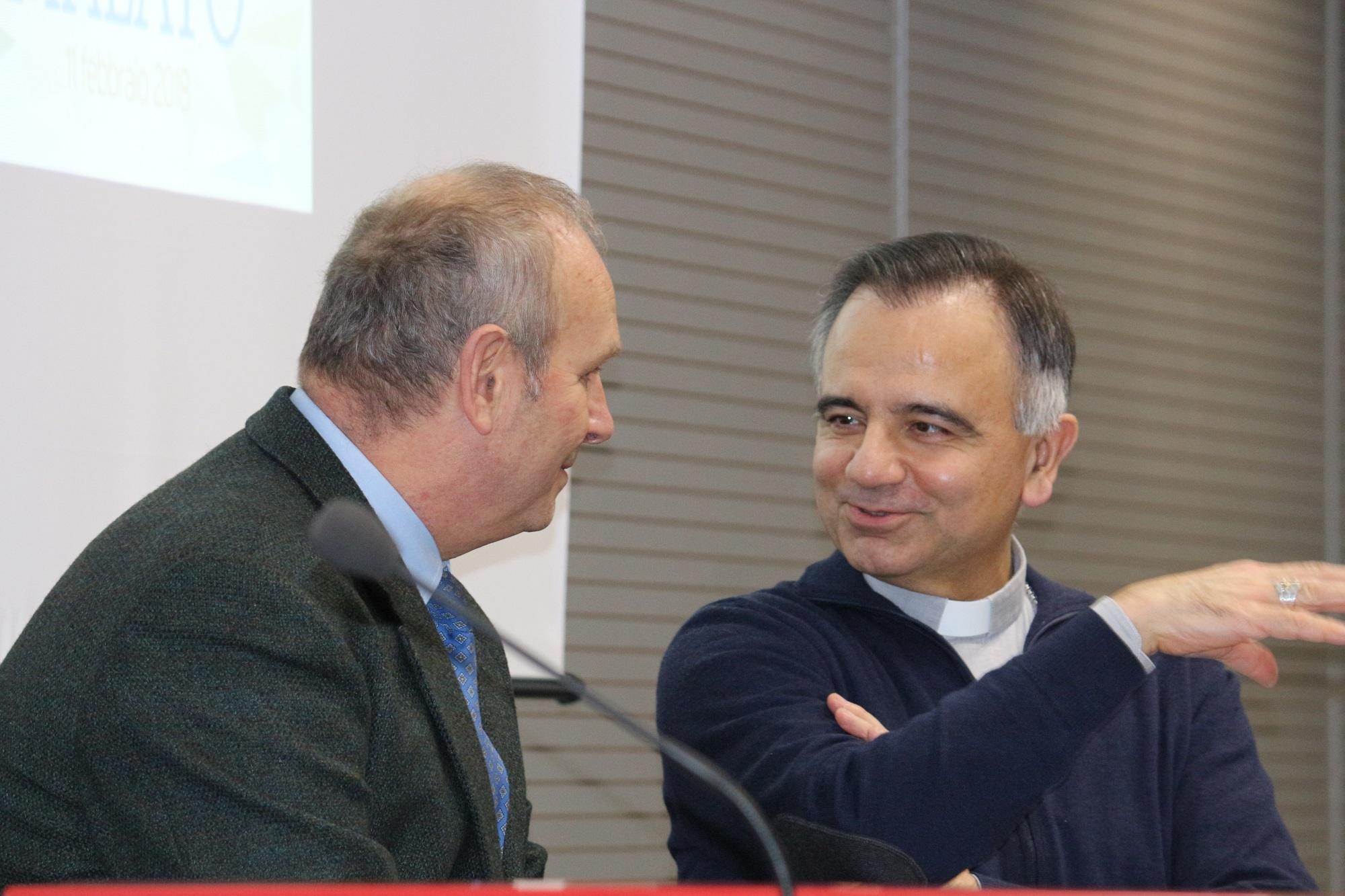 Da sinistra Ivan Trenti e Mons. Castellucci