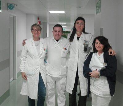 Il gruppo del Policlinico: Dr Renata Menozzi, Dr  Elena Boldrini, Infermiere Maria Mirabelli, Infermiere Umberto Franciosi