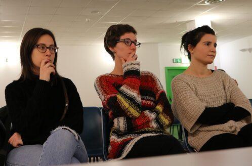 Alcune delle musicoterapiste nel corso della conferenza stampa (a destra Lucia Boldrini)
